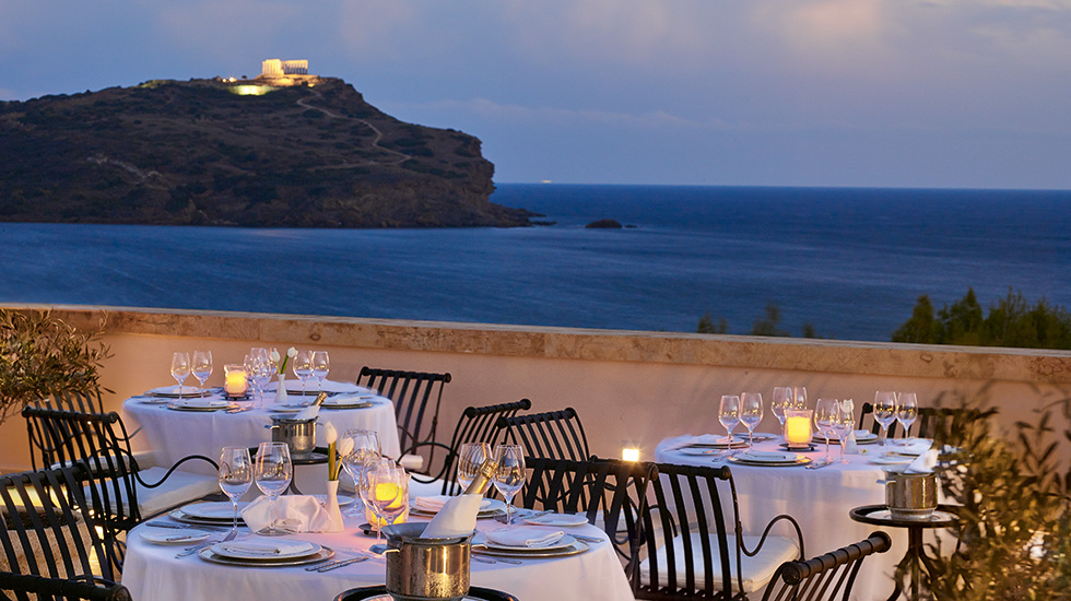 dining with temple view at cape sounio