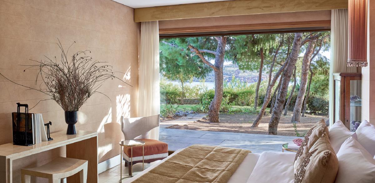 04-villa-with-private-pool-accommodation-in-sounio