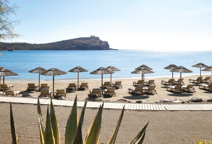 03-beach-services-in-cape-sounio-resort