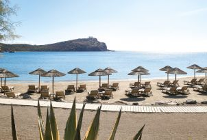 11-cape-sounio-beeach-resort-in-attica-greece