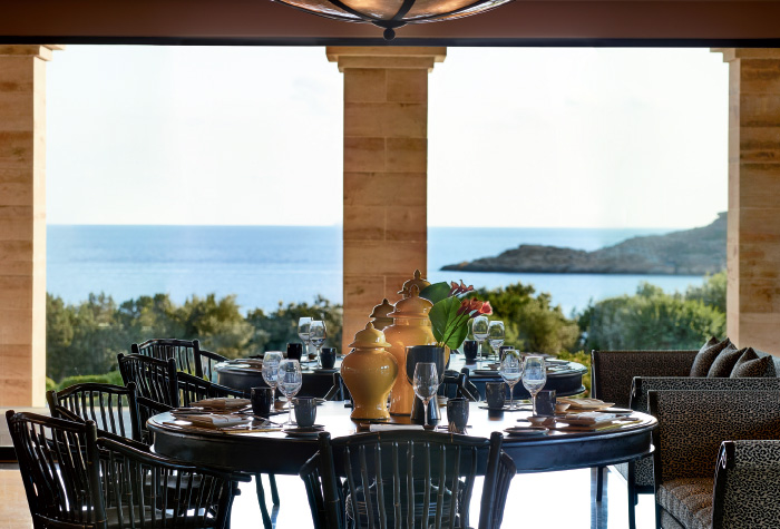 02-cape-sounio-asian-restaurant-in-athens-resort