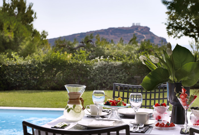 cape-sounio-dining-terms-in-beach-resort